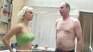 Perky tits kirmess Kelly - The girl next door in amateur hardcore with cumshot