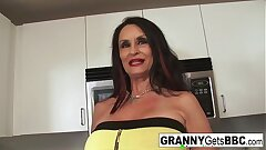 Gaffer brunette granny takes the black cock in will not hear of wet pussy