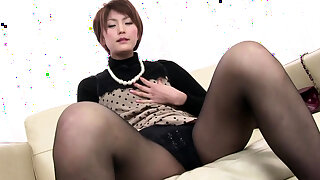 Saori Physical With Her Vibrator - More at one's fingertips javhd.net
