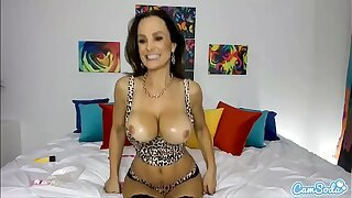 Camsoda - HOT MILF Lisa Ann Heavy Tits Deprecate