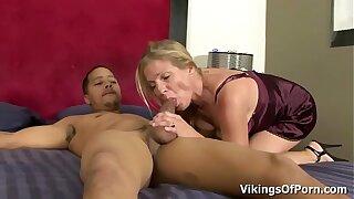 Hot Blonde MILF Bimbo Peaches Enjoys Young Fat Black Cock