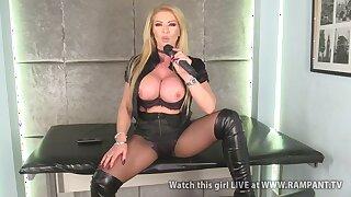 Busty blonde pornstar MILF Lynda Leigh with microphone - Obese ass